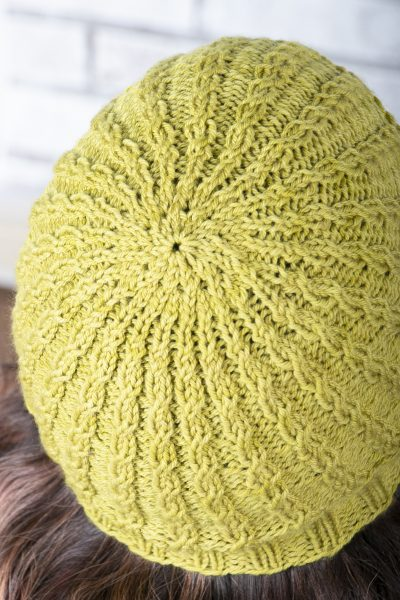 easiest cabled hat crown