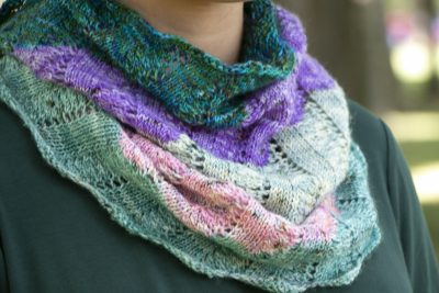 coddiewomple cowl close-up